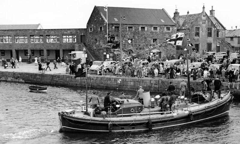 North Berwick harbour on Lifeboat Day, 1950s